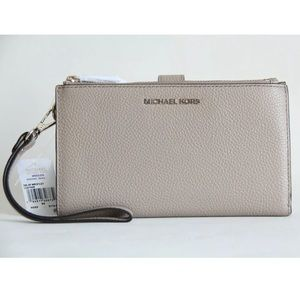 MICHAEL KORS ADELE LEATHER WALLET WRISTLET TRUFFLE